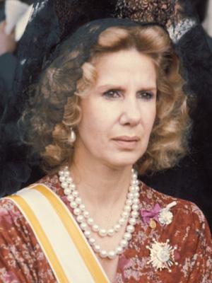 Duquesa-de-Alba-elegante-El-Armario-de-Mama-02