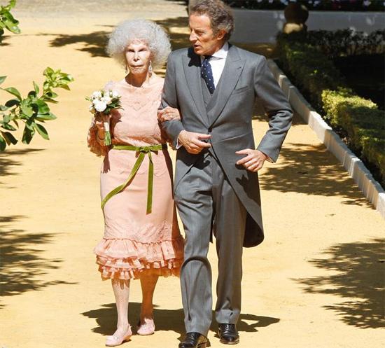 duquesa-alba-vestido-vitorioyluchino-el-armario-de-mama